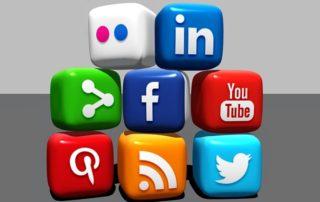Placené reklamy na sociálních sítích.